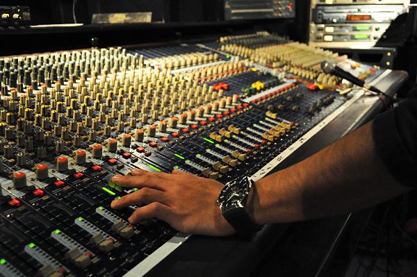 sound03_101124_01.jpg