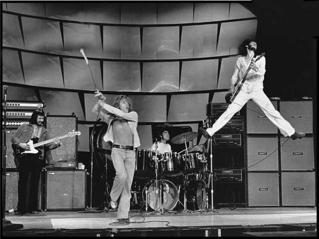 the-who-doing-tommy.jpg
